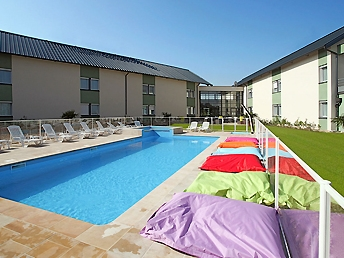Ibis bourges3+