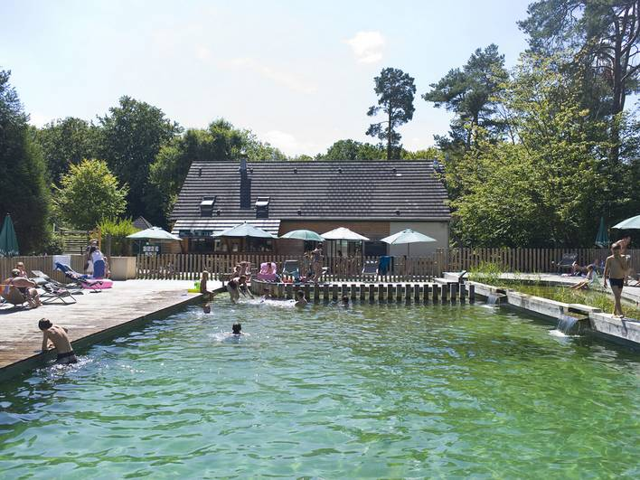 Camping huttopia rambouillet hello famille for Rambouillet piscine