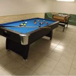 table de billard et baby foot au manoir du moulin