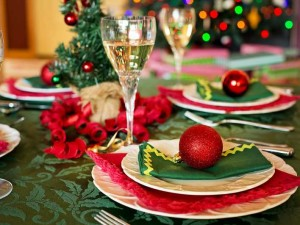 table de noel decoree